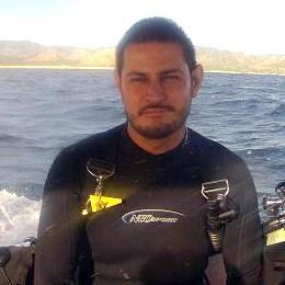 Luis Castillo Buzo Profesional